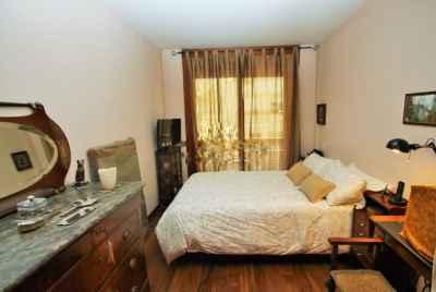 Уютная и просторная квартира в районе Sant Gervasi в Барселоне